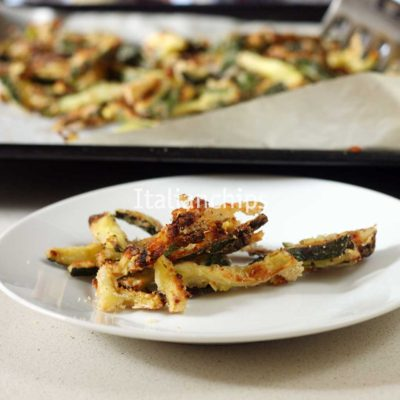 Irresistible baked zucchini fries