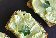 tartine di avocado