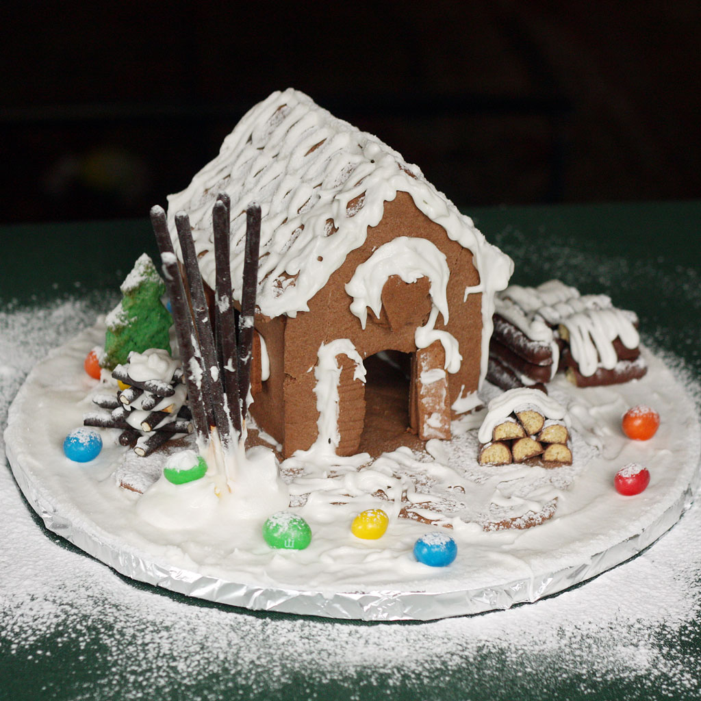 A loving gingerbread house (with no ginger)