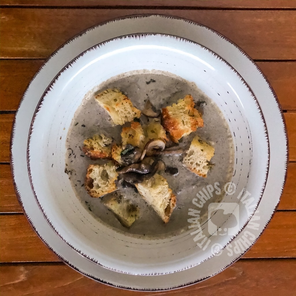 Mushroom soup with garlicky bread