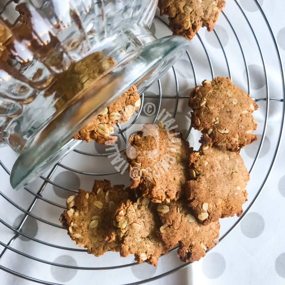 Rivisited Anzac biscuits – healthier version